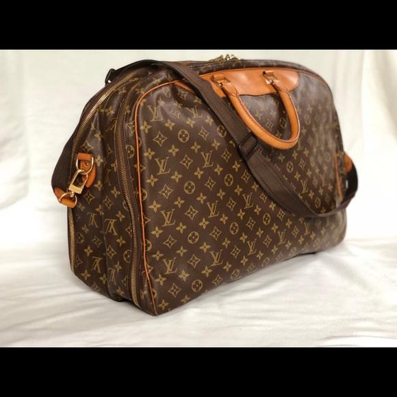 Louis Vuitton Handbags - Louis Vuitton Alize 2 Poches Monogram Travel Bag 96782d2ddf3b1